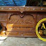Meja Altar Gereja Jati Ukir Relief Perjamuan
