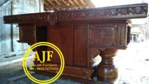 meja altar ukiran perjamuan kudus