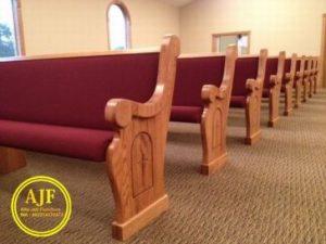 Bangku Gereja Vintage
