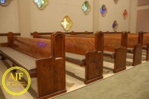 kursi jemaat gereja model minimalis