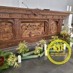 Meja Altar Gereja