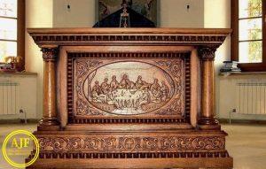 Meja Altar Gereja Jati