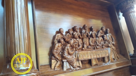 Detail Ukiran Altar Gereja Katolik Kayu Jati