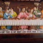 Ukiran kayu perjamuan suci kudus