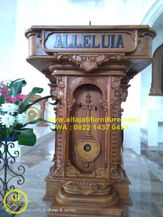 podium atau mimbar alleluia