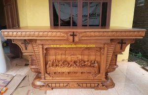 Altar Gereja Katolik Model Baru